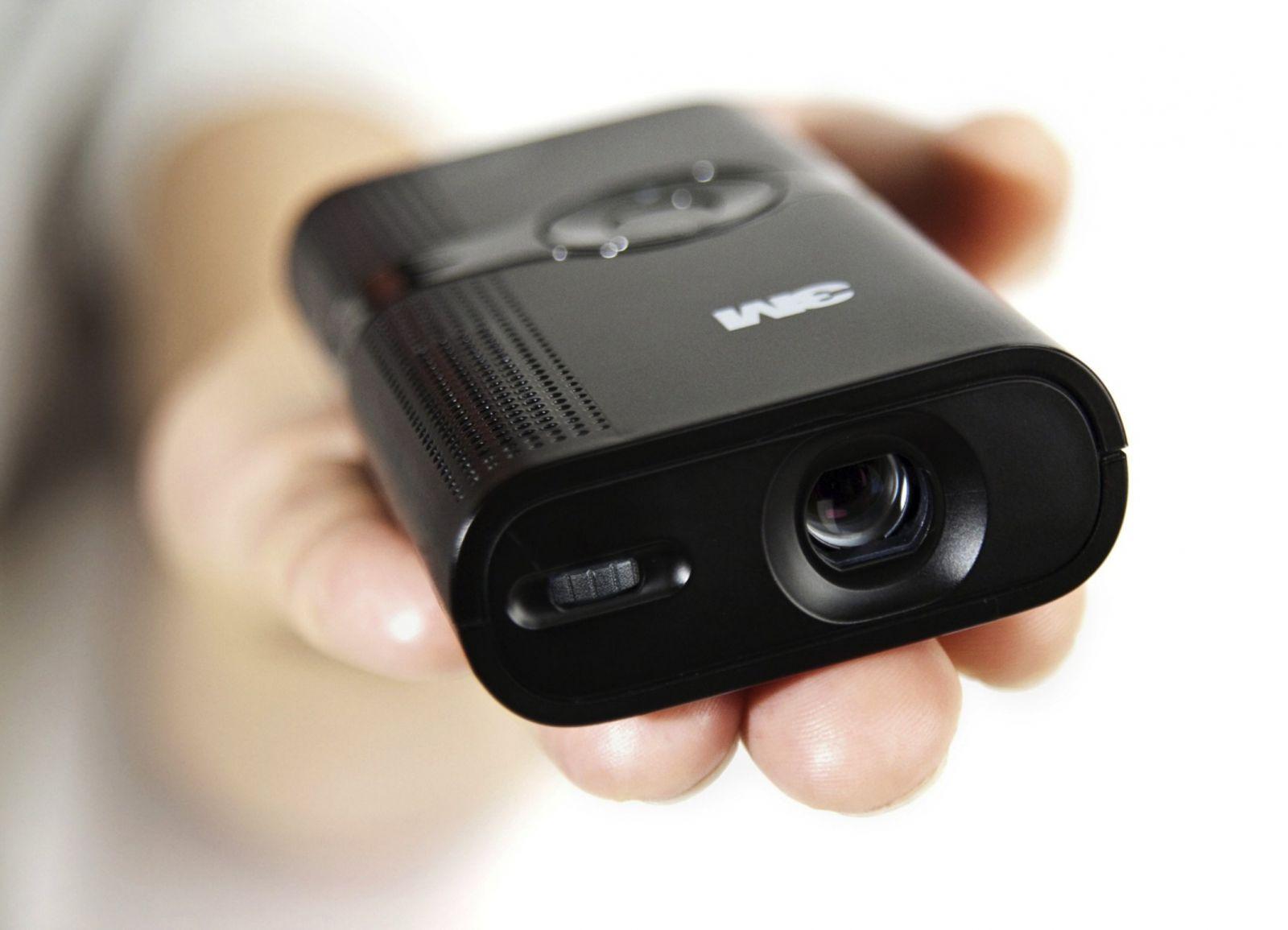 Портативный проектор